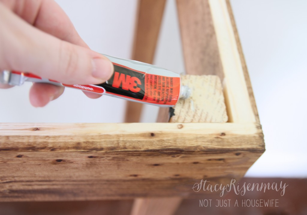 attaching table top