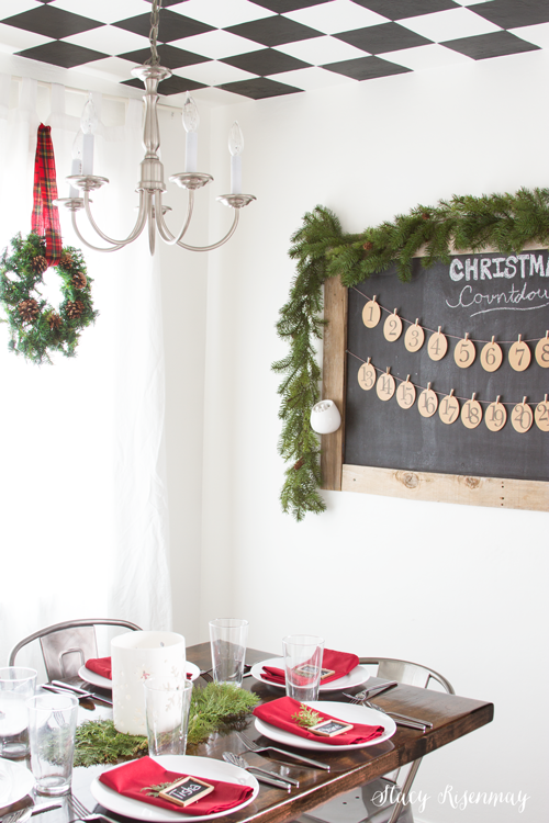dining-room-decked-out-for-Christmas