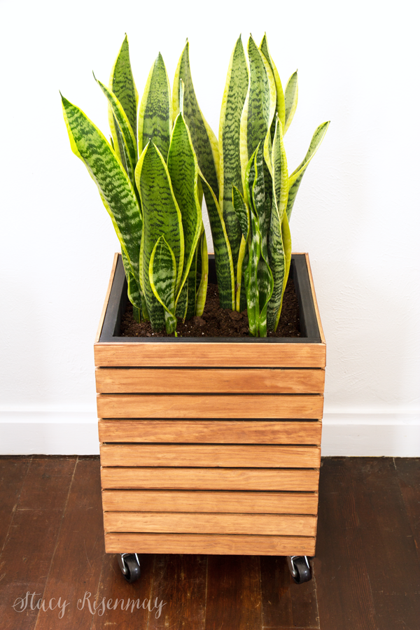 DIY two toned slatted planter