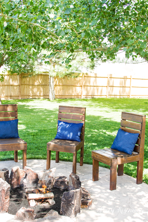 outdoor chairs around a fire pit