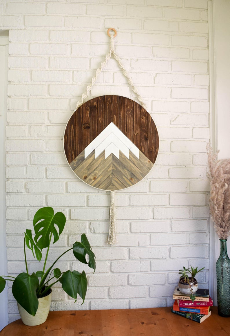 round wood wall hanging
